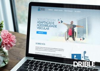 Desenvolvimento de website institucional com aumento de 340% em cliques